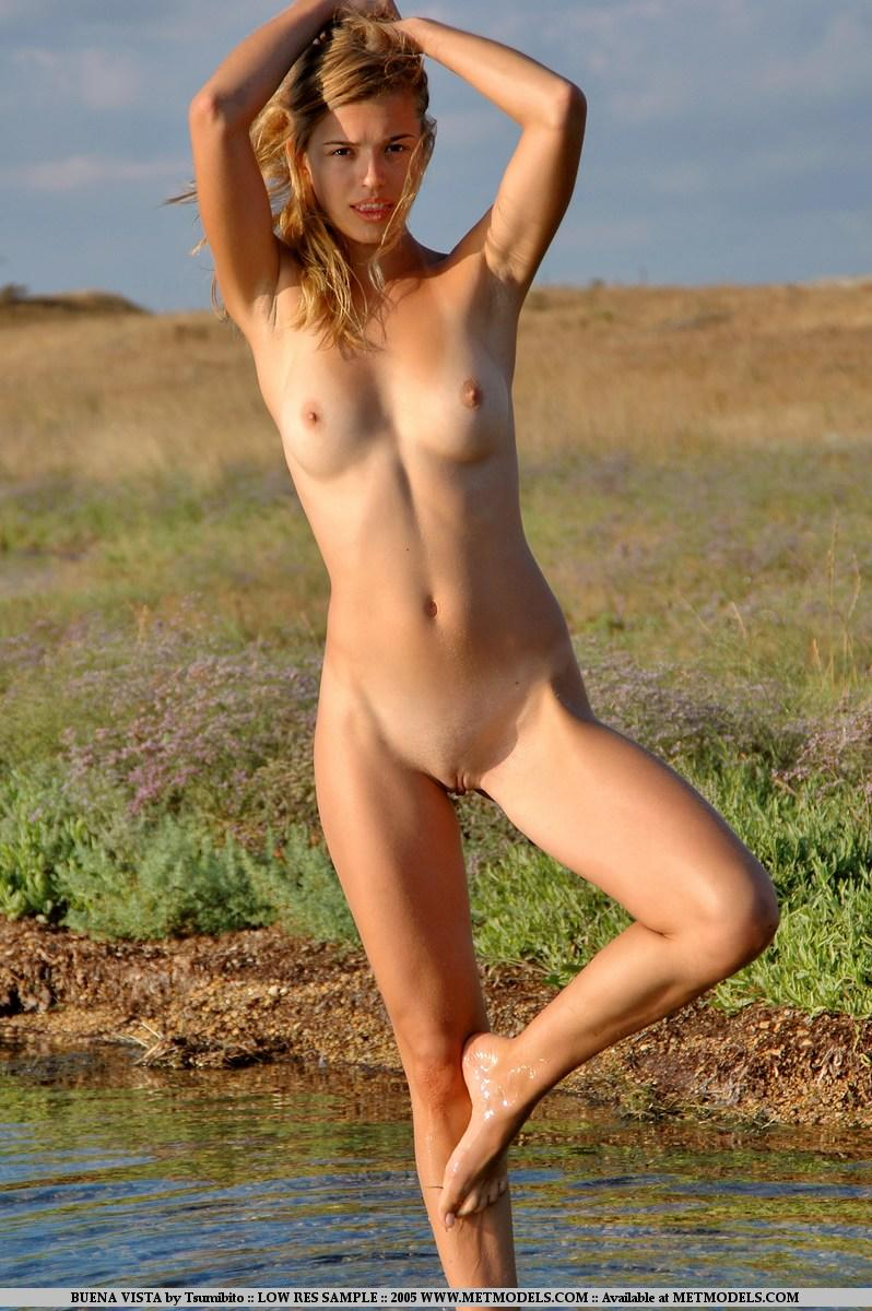 www.nudismlife.comrajce.idnes. prazdniny naked[