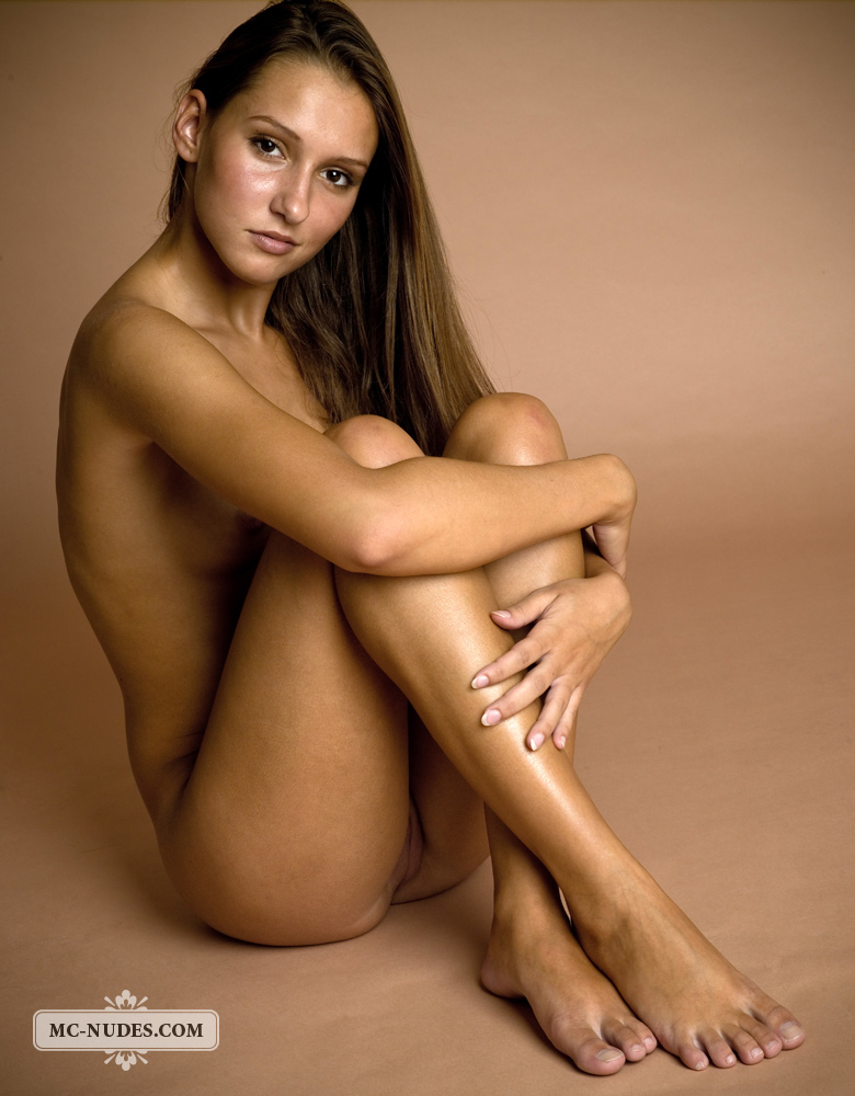 nude photos of modals