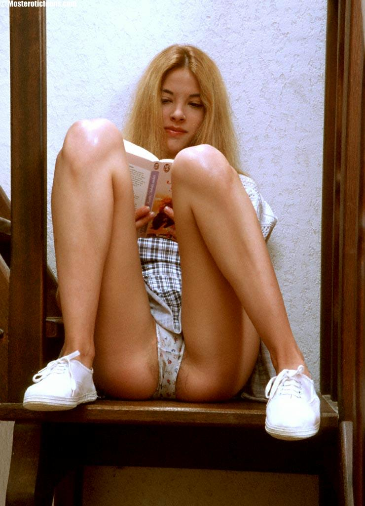 Nubile teen cheerleader